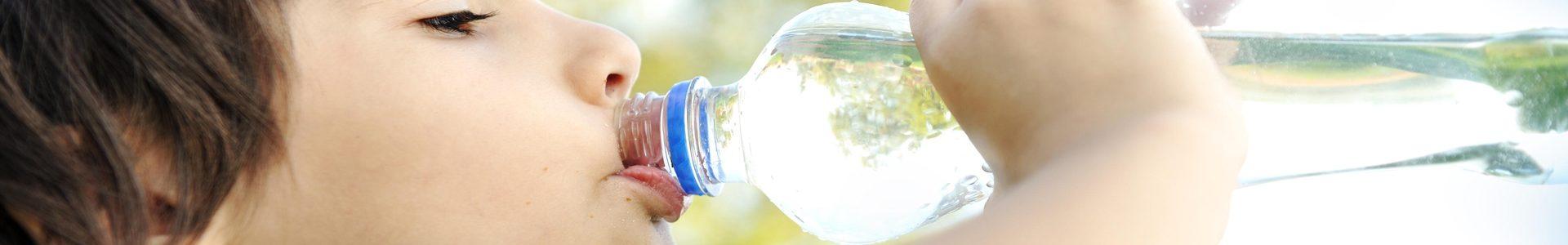 la importancia de la hidratacion en verano